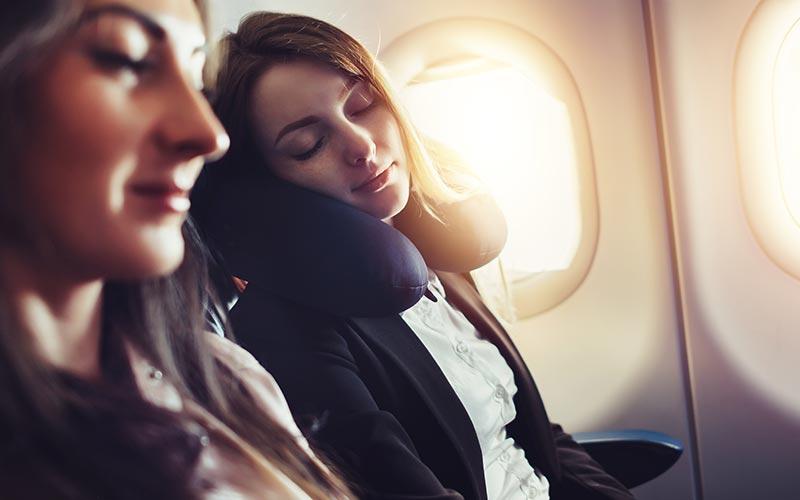 Schlafen im Flugzeug, ein immer wiederkehrendes Thema