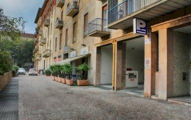 Garage Piazza Gramsci - Städteparken Mailand