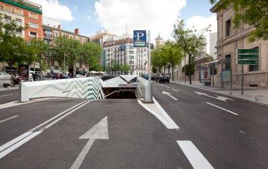 Serrano Juan Bravo - Städteparken Madrid