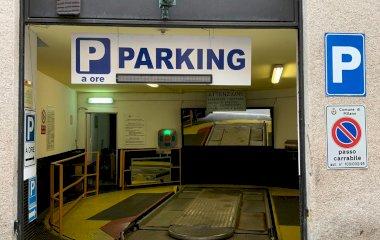 ParkingCar Silvio Pellico - Städteparken Mailand