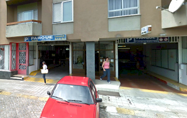 Garagem Barão - Städteparken Porto