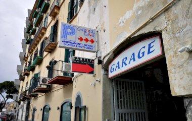 Garage Cava - Städteparken Neapel