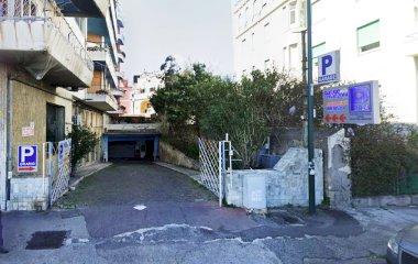 Garage Manzoni - Städteparken Neapel