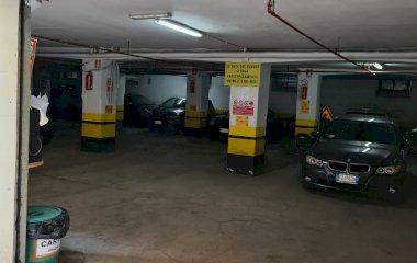 Garage Piazza Bologna - Städteparken Rom